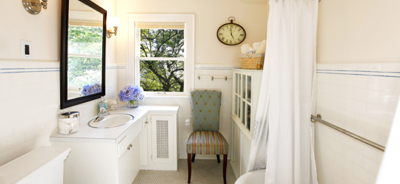 About Bathtub Reglazing Experts